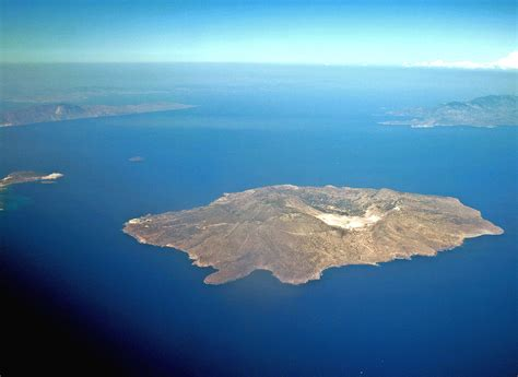 Nisyros – Travel guide at Wikivoyage