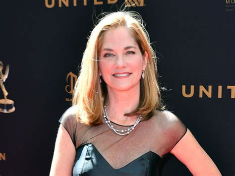 Extra Scoop: Soap Star Kassie DePaiva Reveals She's